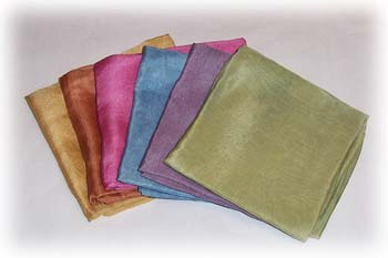 الاســـم:plant_dyed_silk_scarves_350-1.jpg المشاهدات: 98 الحجـــم:8.8 كيلوبايت