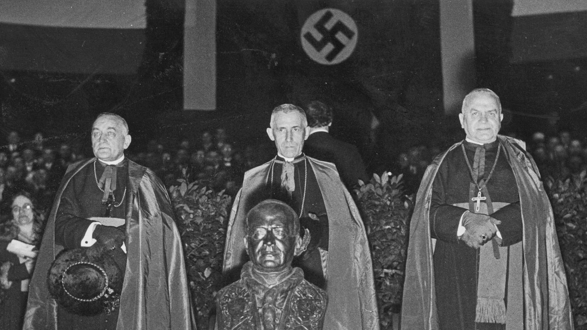 Click image for larger version.  Name:Hitler-Kirche 5.jpg Views:7 Size:219.2 KB ID:17661